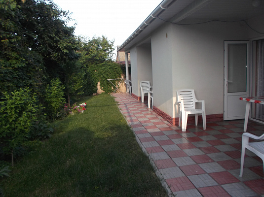 Дом посуточно в Фонтанке. ул. Ватутина, 37. Фото 1