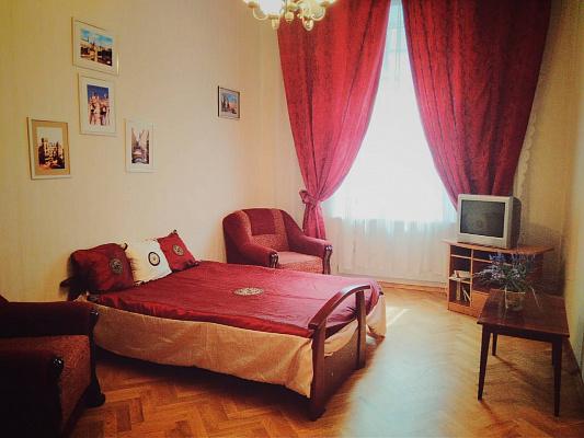 Однокомнатная квартирапосуточно в Львове. Галицкий район, ул. Тиктора, 10. Фото 1