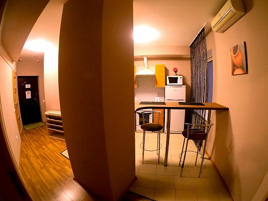 Однокомнатная квартирапосуточно в Днепре, Бабушкинский район, ул. Глинки, 2