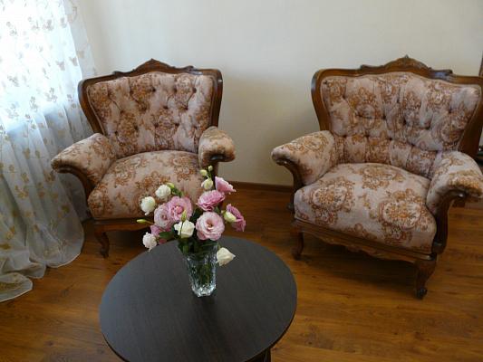Двухкомнатная квартирапосуточно в Одессе, Малиновский район, ул. Мечникова, 98. Фото 1