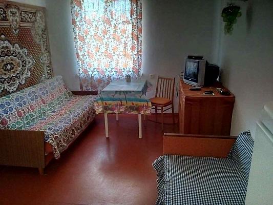 Будинок подобово в Кароліно-Бугазі. вул. Приморська, 44. Фото 1
