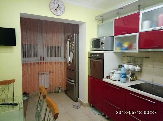Двухкомнатная квартирапосуточно в Южном. ул. Приморская, 15. Фото 1