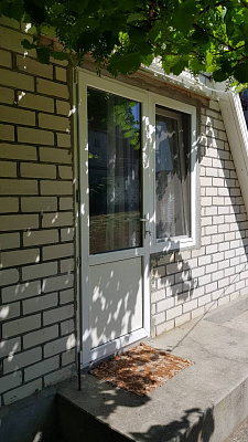 Міні-готель подобово в Очакові. Чорноморська Коса вул. Приморська, 60А. Фото 1