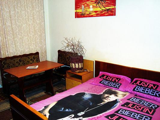 Двухкомнатная квартирапосуточно в Херсоне. Днепровский район, Мира, 25. Фото 1