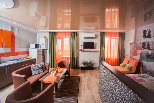 1-комнатная квартира посуточно в Сумах. Заречный район, пр-т М. Лушпы, 5. Фото 1