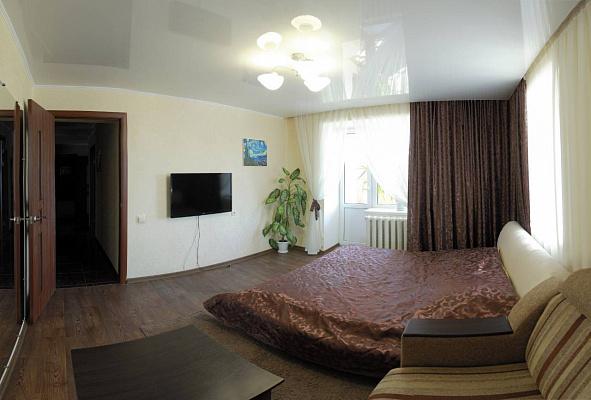 Двухкомнатная квартирапосуточно в Николаеве. Центральный район, ул. Соборная, 9. Фото 1