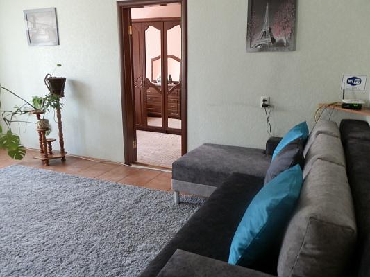 2-комнатная квартира посуточно в Виннице. Ленинский район, ул. Архитектора Артынова, 29. Фото 1