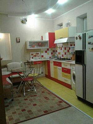 Двухкомнатная квартирапосуточно в Запорожье, ул. Независимой Украины, 31. Фото 1