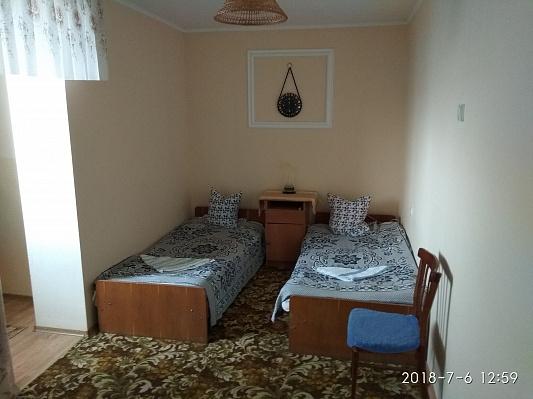 Двухкомнатная квартирапосуточно в Сергеевке, ул. Гагарина, 77