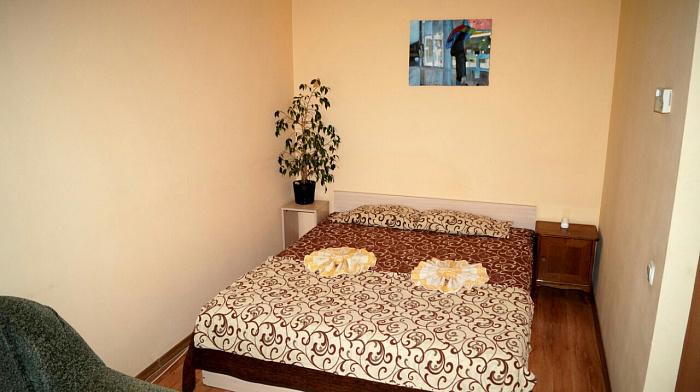 1-кімнатна квартираподобово в Кам'янець-Подільському. вул. Привокзальна, 22. Фото 1