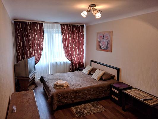 Однокомнатная квартирапосуточно в Ровно. ул. Видинская, 21. Фото 1