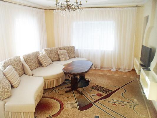 Дом посуточно в Ахтырке, ул. Петропавловская, 16. Фото 1