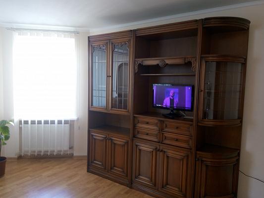 Двухкомнатная квартирапосуточно в Тернополе, ул. Львовская, 12. Фото 1
