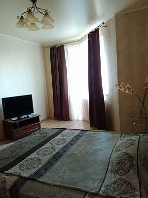 Однокомнатная квартирапосуточно в Луцке. ул. Огиенко, 2а. Фото 1