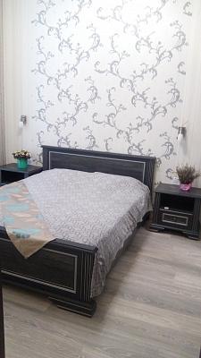Двухкомнатная квартирапосуточно в Луцке. ул. Леси Украинки, 26. Фото 1