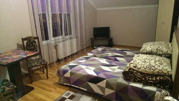 Мини-отель посуточно в Трускавце. ул. Данилишиных, 43а. Фото 1