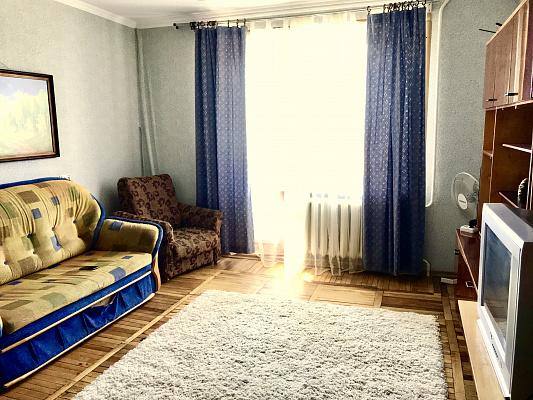Однокомнатная квартирапосуточно в Сумах, Заречный район, ул. Харьковская, 24