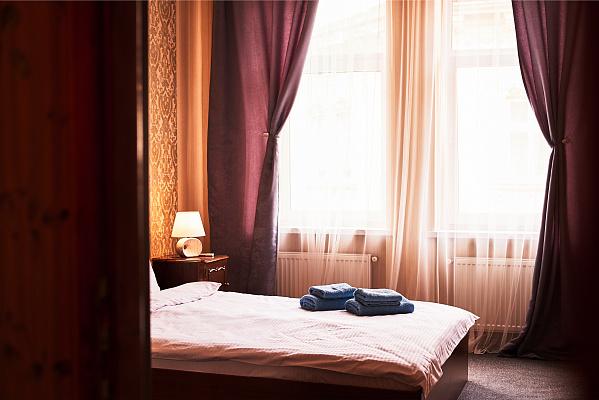 Двухкомнатная квартирапосуточно в Львове, Галицкий район, ул. Шпитальная, 19. Фото 1