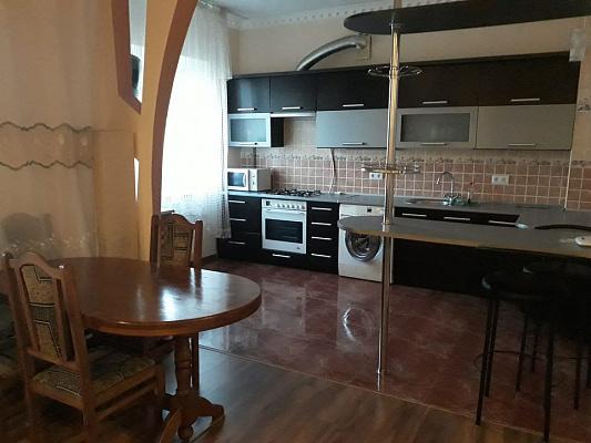2-кімнатна квартираподобово в Рівному. вул. Буковинська, 3. Фото 1