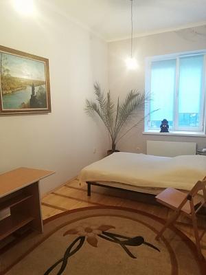 1-комнатная квартира посуточно в Тернополе. ул. Мира, 13. Фото 1