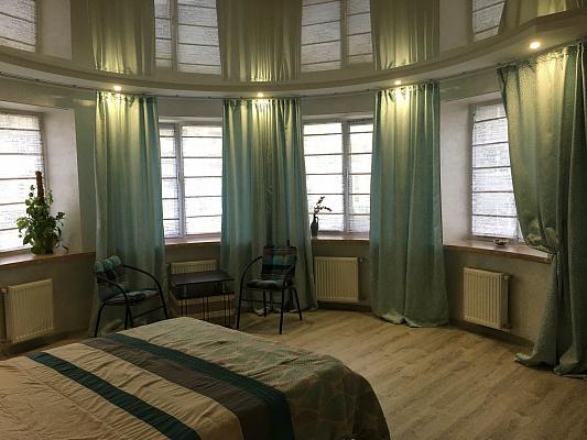 Двухкомнатная квартирапосуточно в Луцке. ул. Липинского, 9. Фото 1