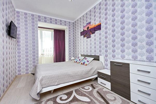 1-комнатная квартира посуточно в Трускавце. ул. Степана Бандеры, 35. Фото 1