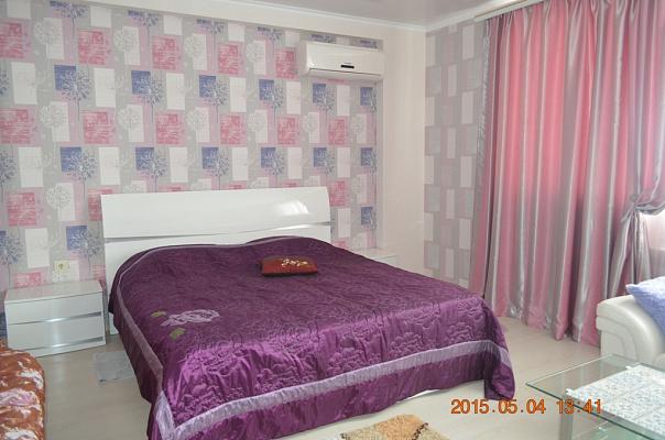 1-кімнатна квартираподобово у Севастополі, Гагарінський район, вул. Паркова, 14-а. Фото 1