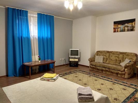 1-кімнатна квартираподобово в Мукачево. вул. Бєляєва, 5. Фото 1