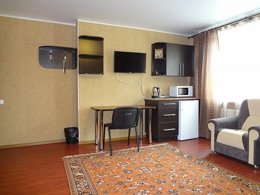 Однокомнатная квартирапосуточно в Шостке, ул. Привокзальная, 15. Фото 1