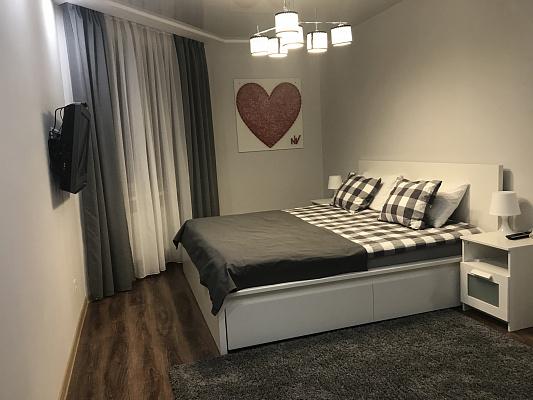 1-комнатная квартира посуточно в Тернополе. пр-т Злуки, 45б. Фото 1