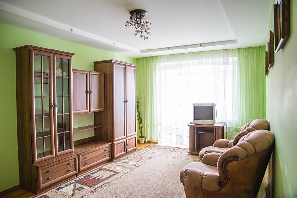 2-комнатная квартира посуточно в Тернополе. ул. Глиняная, 1. Фото 1