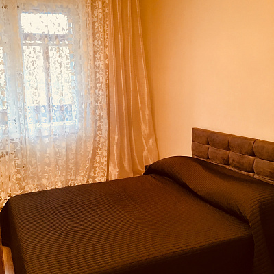 Двухкомнатная квартирапосуточно в Одессе, Приморский район, Фонтанская дорога, 14а. Фото 1