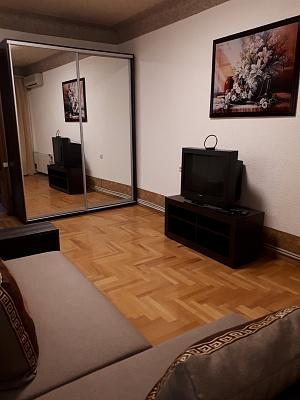 Двухкомнатная квартирапосуточно в Днепре, Бабушкинский район, пр-т Дмитрия Яворницкого, 67
