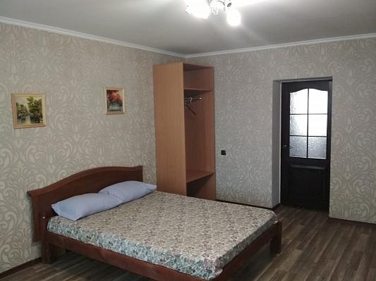Двухкомнатная квартирапосуточно в Полтаве. Октябрьский район, ул. Шевченко, 62. Фото 1