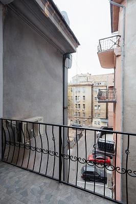 Трехкомнатная квартирапосуточно в Одессе, Приморский район, ул. Екатерининская, 17