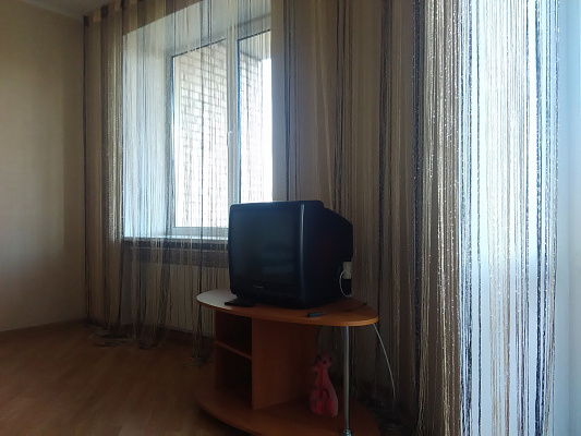 Однокомнатная квартирапосуточно в Луцке, ул. Зацепы, 10
