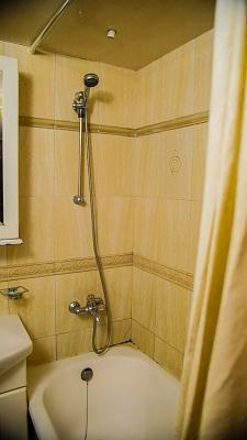 Однокомнатная квартирапосуточно в Львове, Галицкий район, пр-т Черновола, 1