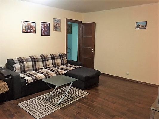 2-комнатная квартира посуточно в Одессе. Приморский район, ул. Сегедская, 12а. Фото 1
