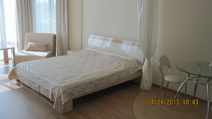Однокомнатная квартирапосуточно в Севастополе. Гагаринский район, Парковая, 11. Фото 1