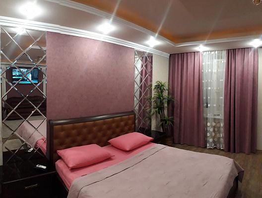 Однокомнатная квартирапосуточно в Кременчуге, ул. Киевская, 32. Фото 1