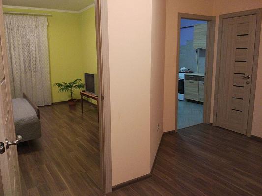 Однокомнатная квартирапосуточно в Ровно, ул. Веденская, 5в