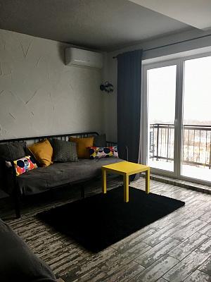Однокомнатная квартирапосуточно в Ровно. ул. Котляревского, 20. Фото 1