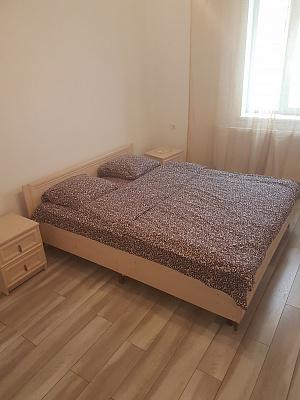Однокомнатная квартирапосуточно в Трускавце, ул. Стебникская, 8. Фото 1