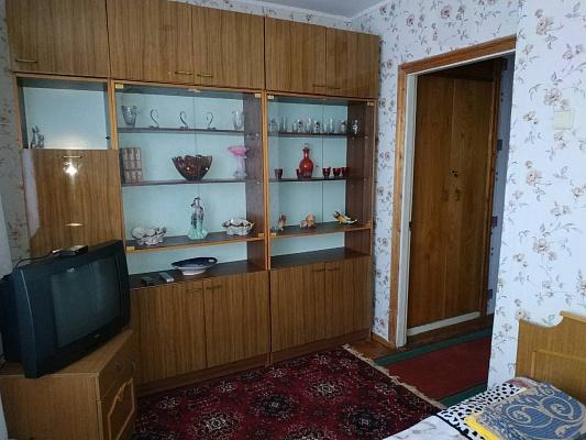 Трехкомнатная квартирапосуточно в Бердичеве, ул. Богдана Хмельницкого, 3а