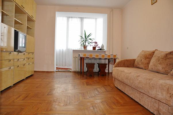 Двухкомнатная квартирапосуточно в Тернополе. ул. Острожского, 28. Фото 1
