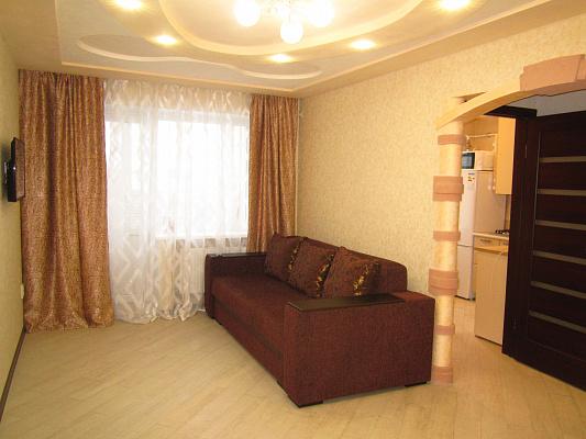 Однокомнатная квартирапосуточно в Артемовске (Бахмуте). ул. Независимости, 64. Фото 1