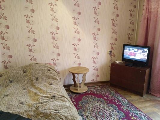 Однокомнатная квартирапосуточно в Конотопе. ул. Деповская, 86. Фото 1