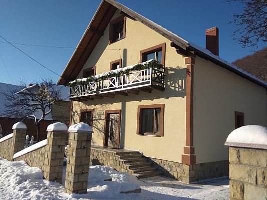 Мини-отель посуточно в Яремче. г. Яремче район, ул. Свободы, 152Б. Фото 1