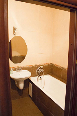 1-комнатная квартира посуточно в Виннице. ул. Артема, 20. Фото 1