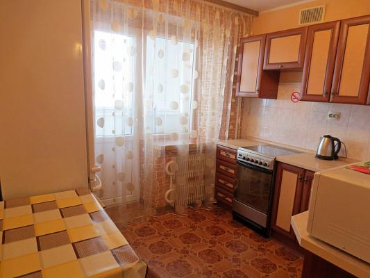 Однокомнатная квартирапосуточно в Черкассах, ул. Припортовая, 38